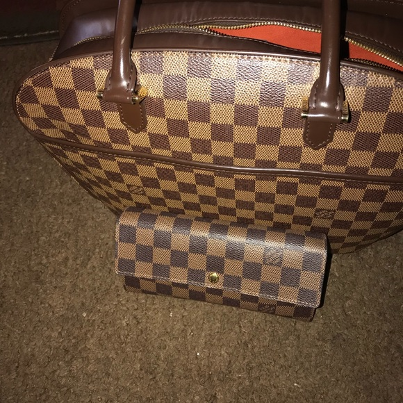 c630ace639a6 Louis Vuitton Bags | Authentic Purchased From Dillards | Poshmark